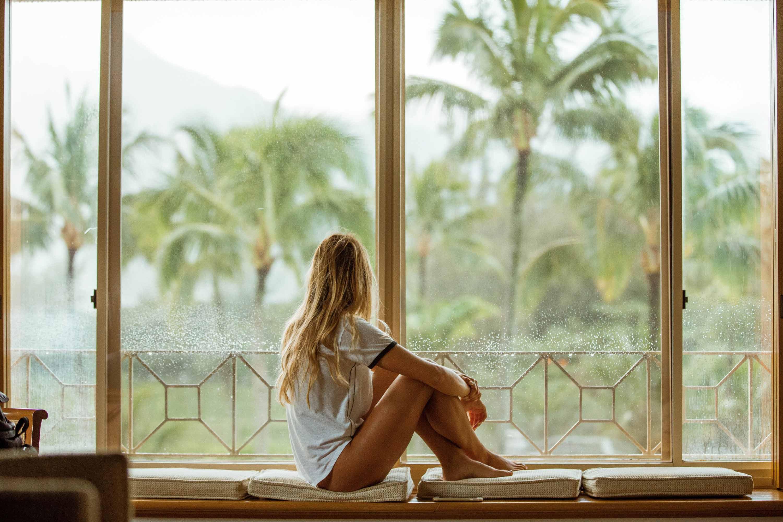 7 Ways to Naturally Balance Your Hormones